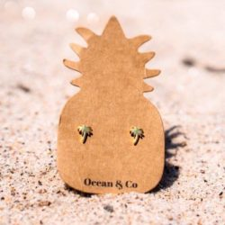 Ocean & Co. earrings for a good cause